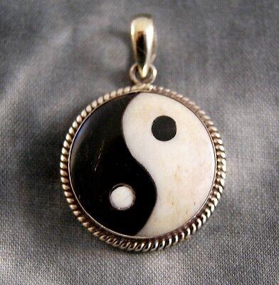 Anhänger Yin Yang ~ Silber ~ Handarbeit aus Nepal (1144)