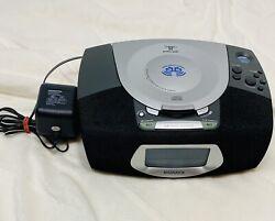 Magnavox MCR220BK/17 Stereo CD, Alarm Clock, FM/AM Radio, Dual Alarm Tested