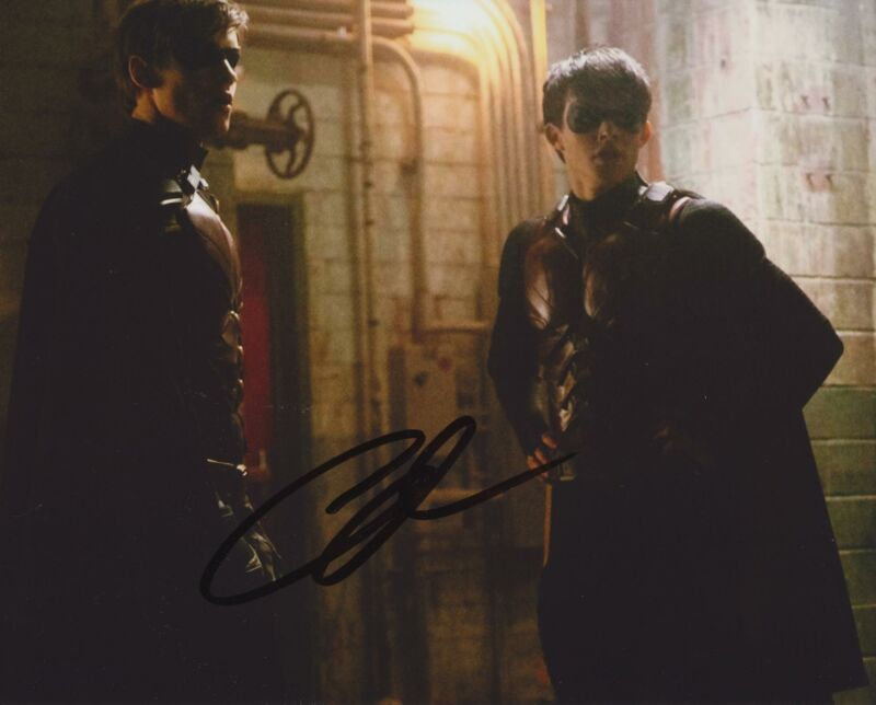 CURRAN WALTERS SIGNED TITANS 8X10 PHOTO 6