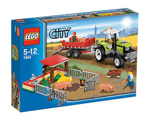 LEGO City Ferkel-Gehege mit Traktor (7684)