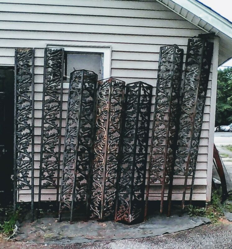 ARCHITECTURAL SALVAGE ANTIQUE PORCH IRON FRAME CORNERS/UPRIGHTS