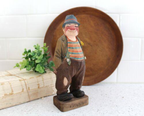 Vintage Signed Trygg Wood Carved Man / Vintage Folk Art Carved Wood Man z276