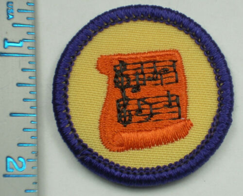 Vintage Girl Scout Badge - Musician - 1980-2001 - retired