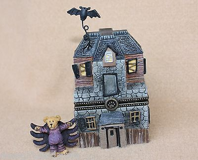 Boyds Bears Resin Boos Haunted House w Spidey McBibble Treasure Box