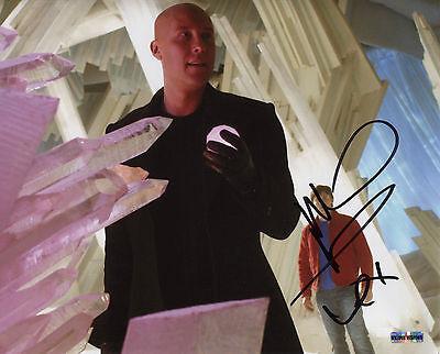 Smallville Michael Rosenbaum/Lex Luthor Autograph  8x10 Photo (EBAU-1274)