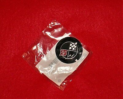 NOS 68 69 70 CAMARO Z28 68 82 CORVETTE LT1 302 350 CROSS FLAG VALVE COVER EMBLEM
