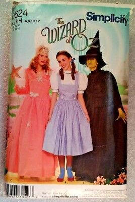 Wizard of OZ Ladies Costume sewing pattern size 6-12 Dorothy,Wicked Witch,Glinda](Glinda Wicked Costume)