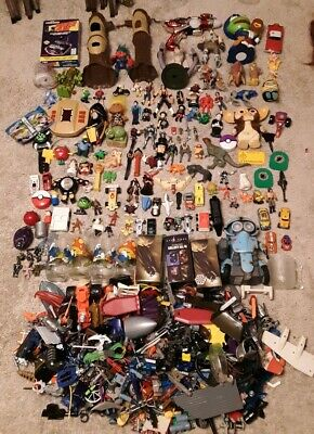Vintage 1980s 90s 00s action figure lot 100s accessories parts gremlins 80s mix