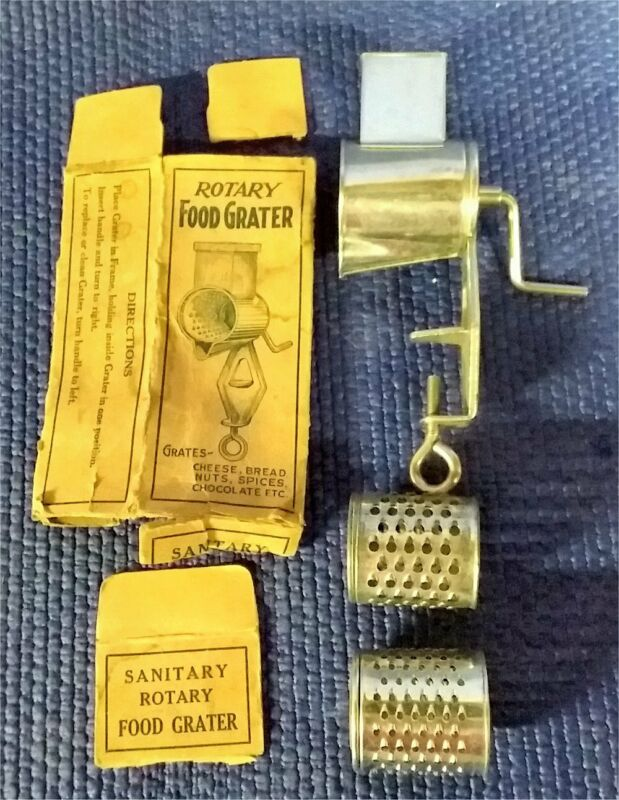"""ROTARY FOOD GRATER LORRAINE VINTAGE SMALL 5""""  FINE COARSE CHEESE NUTS"""