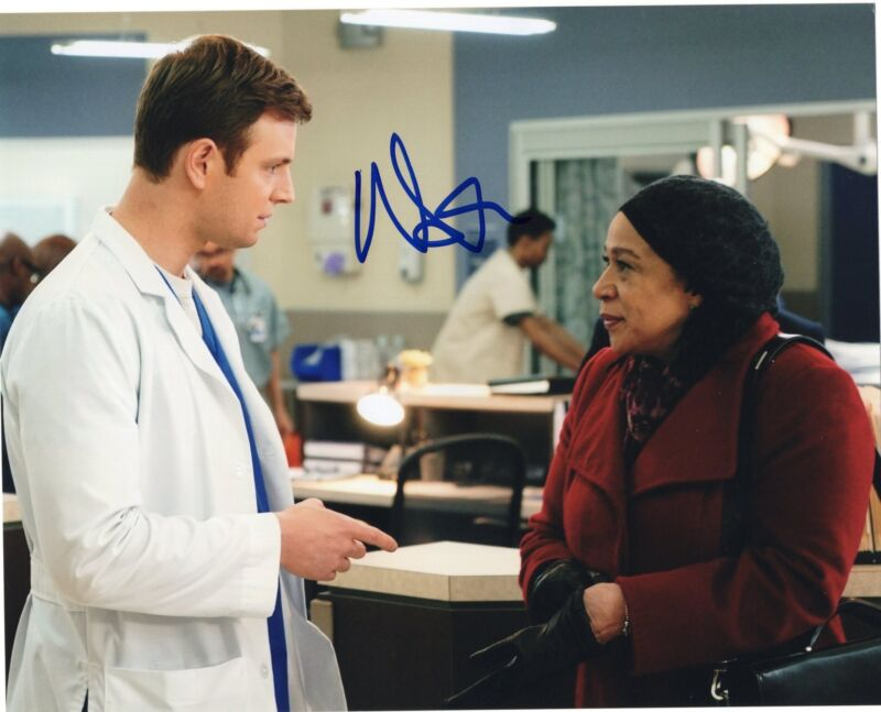 Nick Gehlfuss signed 8x10 Photo w/COA Chicago Fire Med P.D. Will Halstead #1