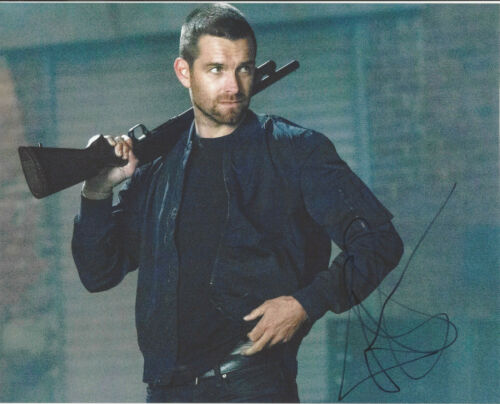 ACTOR ANTONY STARR SIGNED AUTHENTIC 'BANSHEE' LUCAS HOOD 8X10 PHOTO B w/COA