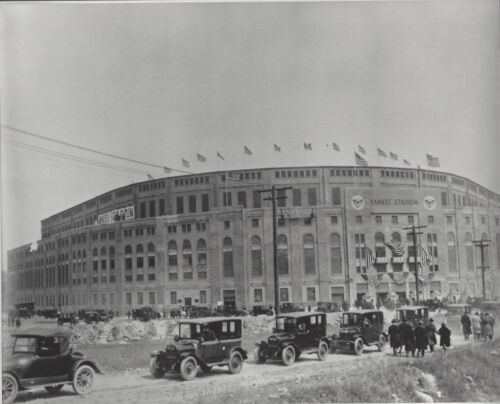 Great vintage 10x8 b/w  photo  of Old Yankee Stadium on Opening Day 1923 Ruth HR