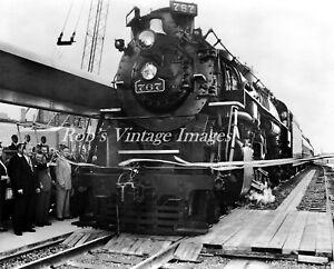Nickel Plate Road NKP NYC & St  Railroad Photo Steam Locomotive 767 Train
