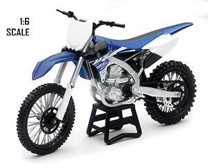 NewRay toys Yamaha YZF 450 Motocross Bike Model - 1/6 Scale