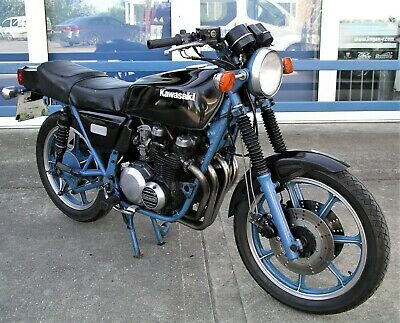 Kawasaki Z400J classic bike. NOT barn find, has been in use. MoT exempt. Rare!!