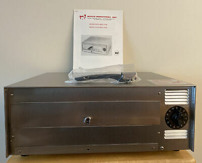 Electric Commercial Grade Pizza Oven By Wisco Industries Model 412-8 New