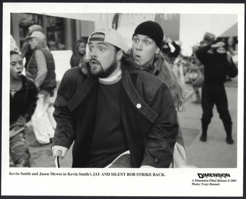 Jay And Silent Bob Strike Back '01 KEVIN SMITH JASON MEWES BICYCLE
