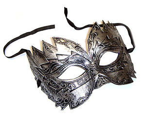 Mens-burnished-silver-masquerade-mask-Titan-eye-mask-masked-ball-Venetian