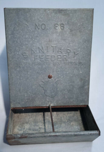 Vintage Sanitary Pig Feeder Nelson Products Sioux Rapids Galvanized Metal No. 88