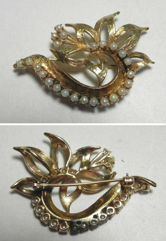 C1158 Vintage 14K Solid Yellow Gold Swirling Seed Pearl Flower Pin/Brooch