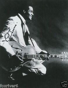 CHUCK BERRY Signed Photograph - Guitarist / Singer / Songwriter preprint