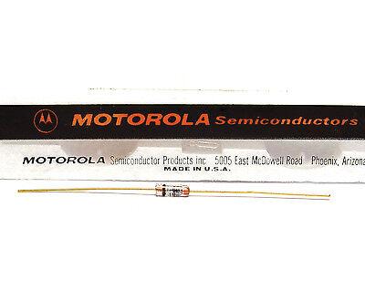 Motorola Zener-diode (Referenz Zener Diode Motorola 1N943B / 1N 943 B, 11.7 Volt, Low TC: 0.002% /°C)