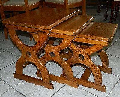 Dreier Tisch Set in Eiche Massiv Beiststelltische (3 Stück) englischer Stil