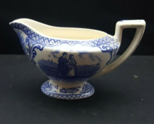 CROWN DUCAL COLONIAL TIMES Creamer