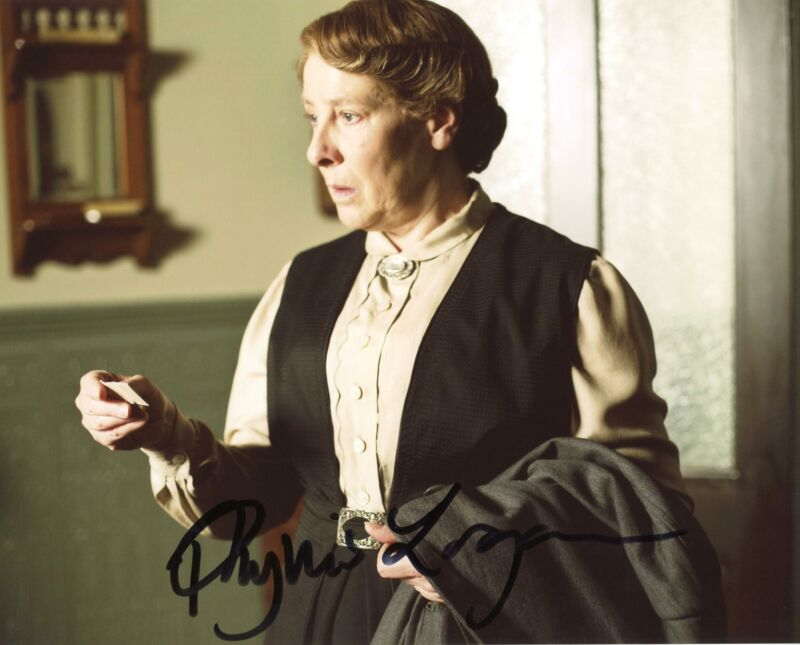 "Phyllis Logan ""Downton Abbey"" AUTOGRAPH Signed 8x10 Photo E ACOA"