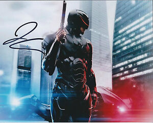Joel-KINNAMAN-SIGNED-Autograph-10x8-Photo-AFTAL-COA-ROBOCOP-Authentic