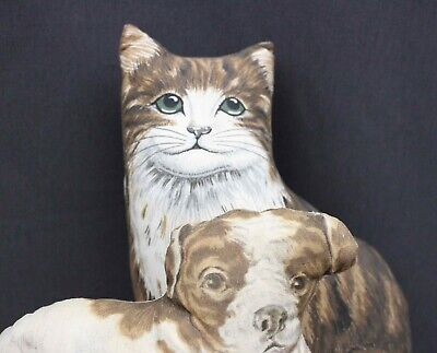 DOG  &  CAT  ACCESSORY  PILLOWS  FOR  DISPLAY  WITH  YOUR  DOLLS