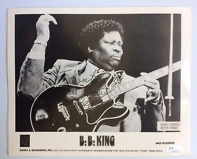 B.B. BB King Signed Autographed 8 x 10 B&W Photo JSA - FREE PRIORITY SHIPPING!