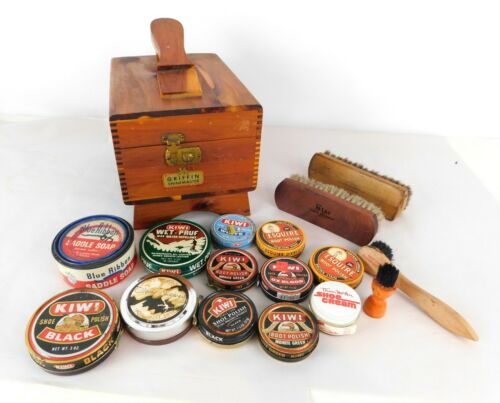 Griffin Shinemaster Cedar Wood Shoe Shine Box with Extras
