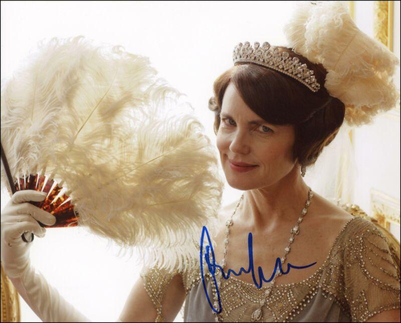 "Elizabeth McGovern ""Downton Abbey"" AUTOGRAPH Signed 'Cora' 8x10 Photo ACOA"