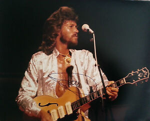 Barry-Gibb-Bee-Gees-Signed-Large-16x12-Photo-AFTAL