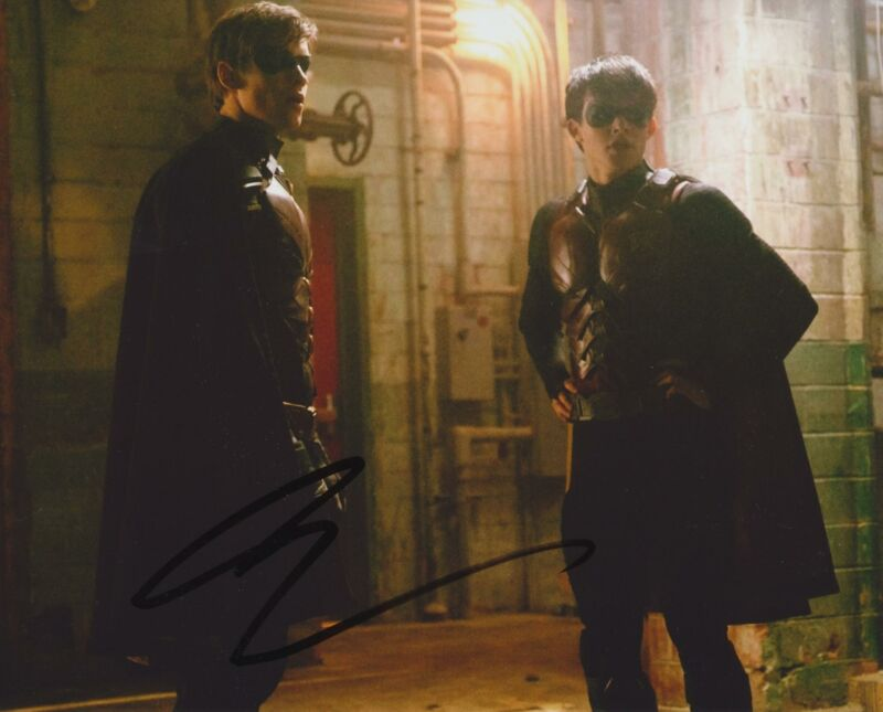 CURRAN WALTERS SIGNED TITANS 8X10 PHOTO 4