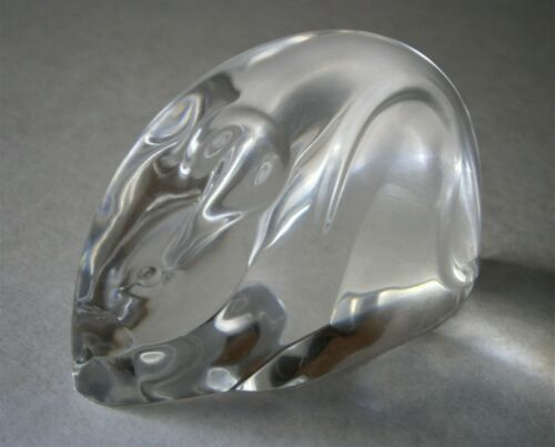 STEUBEN ART GLASS MOUSE HAND COOLER / PAPERWEIGHT