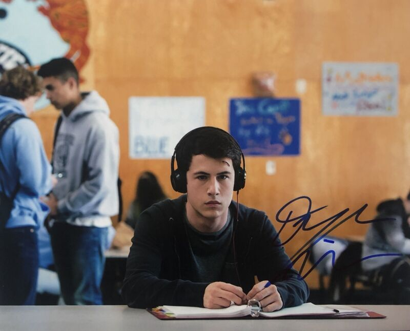 Dylan Minnette 13 Reasons Why Actor Signed Autographed 8x10 Photo