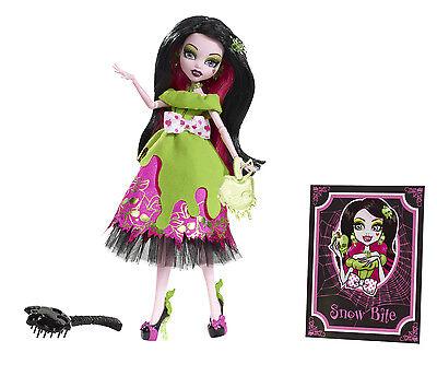 Monster High Draculaura SCARY TALES 'SchneeBisschen' Sammlerpuppe SELTEN X4484