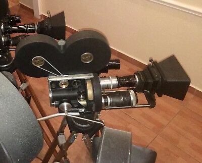 Bell & Howell 2709 B 35mm Camera Hand Cranked Lenses,Tripod, Finder more S/N905