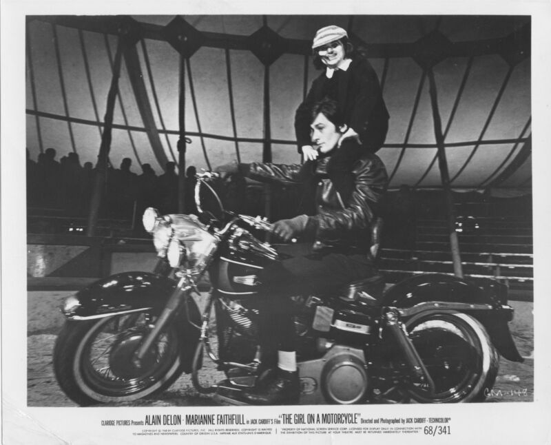THE GIRL ON A MOTORCYCLE orig 1968 b/w ALAIN DELON/HARLEY DAVIDSON ELECTRA GLIDE