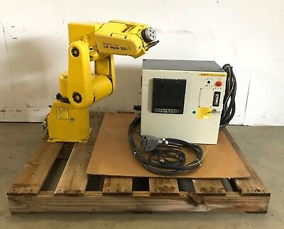 Fanuc Lr Mate 200i Robot Controller And Cables A05b-1135-b001 A05b-2332-b001