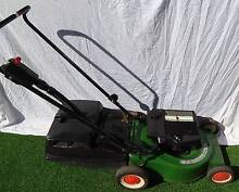 This Victa commando is a 2 stroke mower and it comes with 1 month Mount Gravatt Brisbane South East Preview