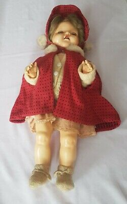 Vintage Collectors Doll antique display item pedigree 1950s clothing