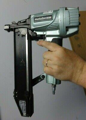 Hitachi 2 Crown Stapler N5008ac2 Nail Gun Metabo