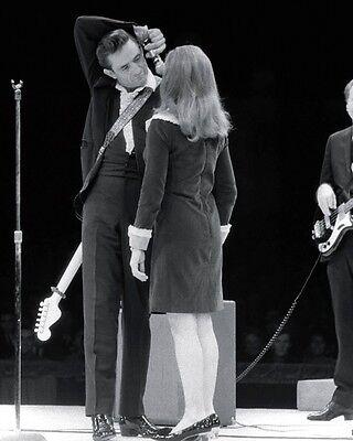"Johnny Cash 10"" x 8"" Photograph no 11"