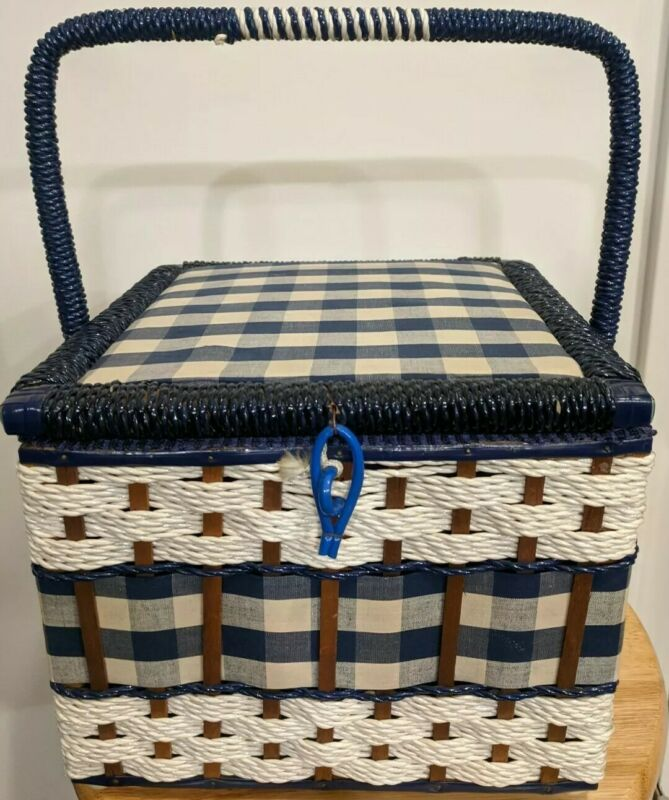 Vintage Singer Sewing Kit Basket and Contents