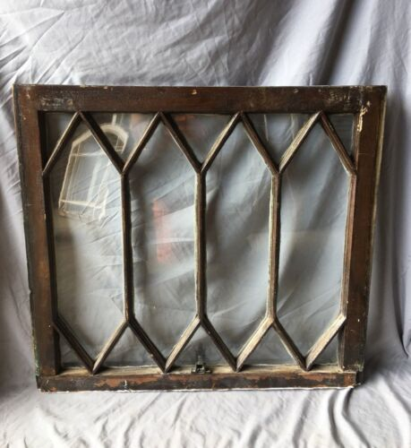 Antique Diamond Window Sash Shabby Tudor Garden Chic 27x30 Vtg 445-19E