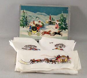 petite boite en carton decore avec ses mouchoirs anciens chevaux neige ebay. Black Bedroom Furniture Sets. Home Design Ideas