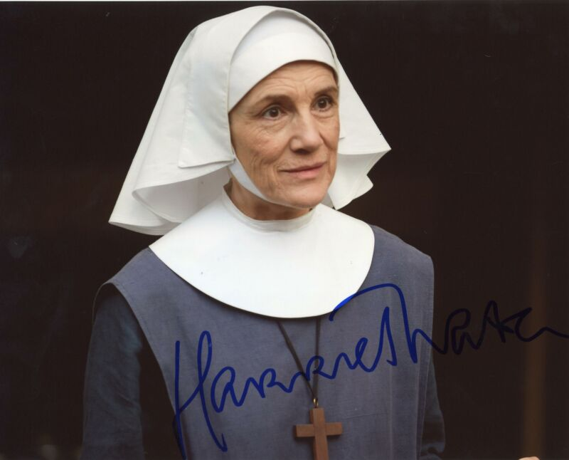 """Harriet Walter """"Call the Midwife"""" AUTOGRAPH Signed 8x10 Photo ACOA"""